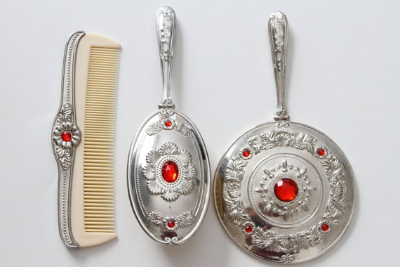 Unique Godinger 3 Piece Vanity Set Silver Plate With Red
