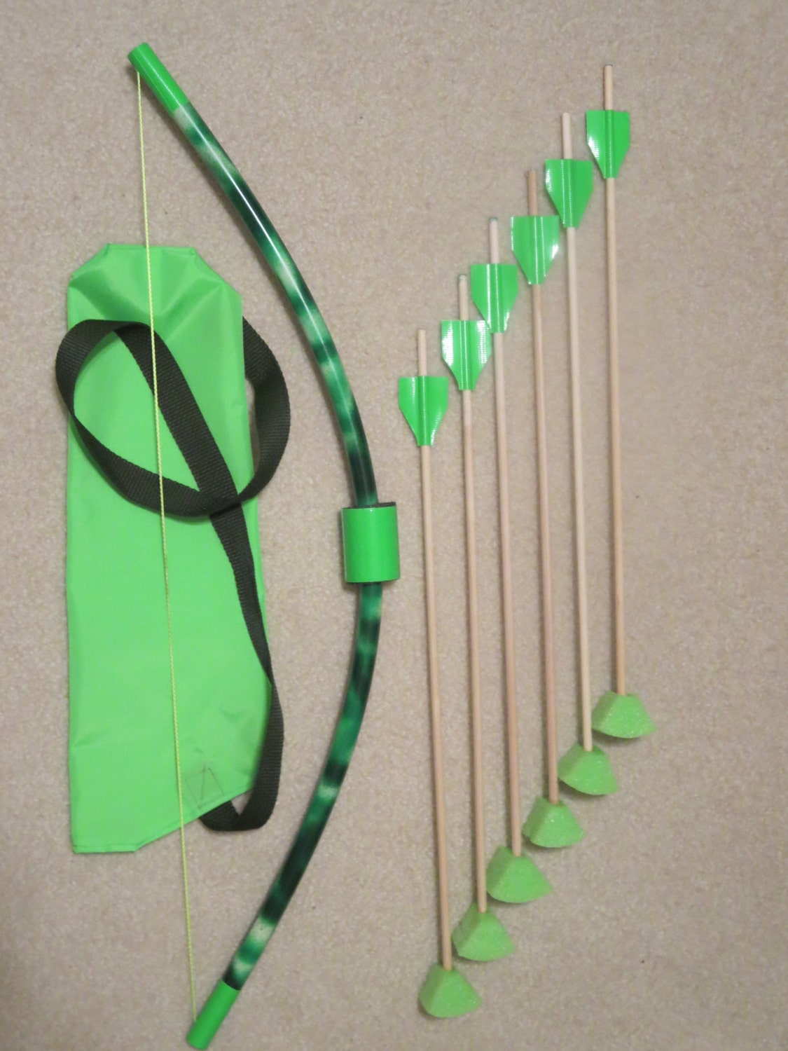 small bow with quiver kids pvc bow wooden foam tip arrows
