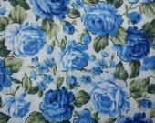 Small blue rose, ivory, fat quarter, pure cotton fabric