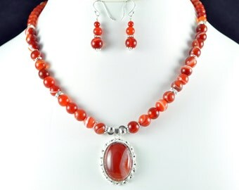 Banded Red Agate Necklace Set
