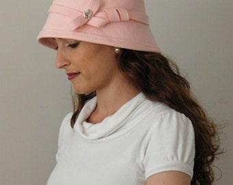 Womens pink felt hat -   cloche winter hat -  Downton Abbey warm winter hat, 20s felt hat made in Israel