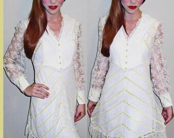 Sale!! VTG 60s White Lace MOD Chevron Sheer Baby Doll Mini Party Dress XS