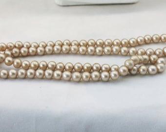 Older Vintage Glass Faux Pearl Necklace