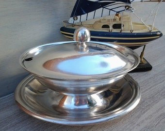 US Navy gravy boat - silver soldered - covered gravy boat and saucer - Reed and Barton - 3600 USN hollow ware