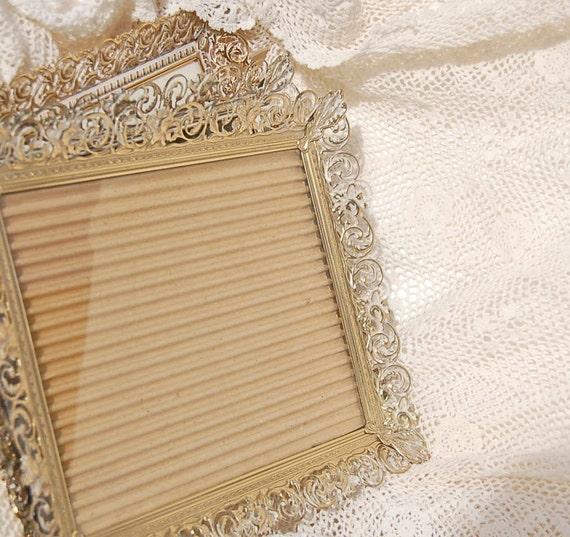 vintage ornate gold white frames 8 x 10 set of 3. Black Bedroom Furniture Sets. Home Design Ideas