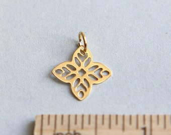 Filigree Flower Charm, 24K Gold plated sterling silver charm, Gold Plated Filigree Flower, Flower Charm, Flower Connector, 14mm ( 1 piece )