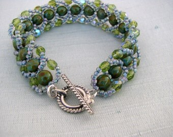 Mottled Green with Blue Accent Bracelet, Beadwoven, Antique Bali 925 Sterling Silver Clasp