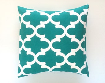 CLEARANCE 50% OFF Throw Pillow Cover. 20 X 20 Inch Jade Green Decorative Moroccan Couch Pillow Cover.
