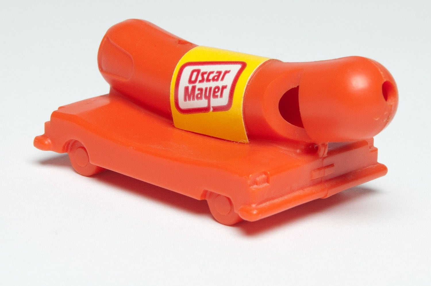 1402 besides Plastic Meat besides Genuine Oscar Mayer Glow In The Dark Wienermobile Wiener Whistle B00C7GX3CM furthermore Thomas Phillips besides 121303683678. on oscar mayer wiener whistle