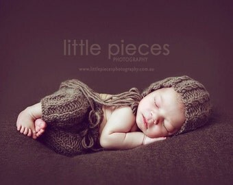 PDF Knitting Pattern - newborn photography Elijah_Cable_pants and bonnet set #100