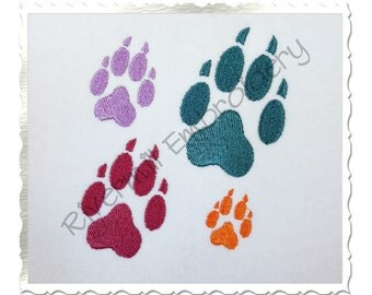 Small Wolf Paw Print Machine Embroidery Design - 4 Sizes