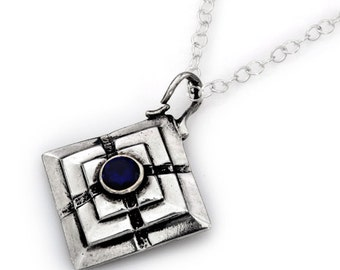 AN ACTING BRAIN spiritual pendant