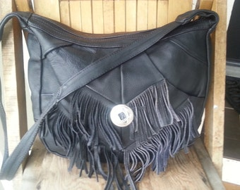 WEST   ///   Large Fringed Hobo