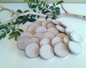 TREASURY ITEM - 25 Small birch discs -  - Holiday gift tags - DIY projects- Name tags - Vase filler -  Crafts - Wood tree slices