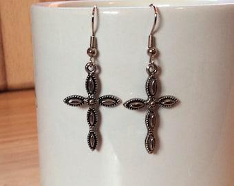 Cross Dainty scalloped silver tone cross earrings