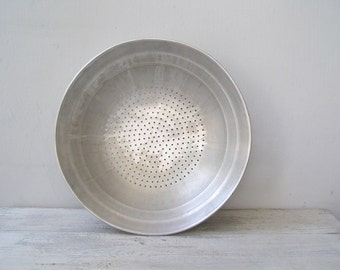 Vintage Colander Pan, Aluminum Straining Pan,  Rustic Primitive Kitchen, Farmhouse Wall Decor, Metal Strainer, Moroccan Kitchen Vaporizer