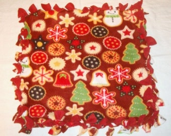 Fleece Tie Pet Blanket for Cats or Small Dogs - Christmas Cookies