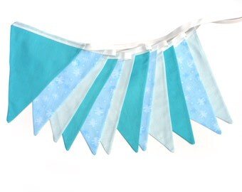 Snowflake Blue & White Flag Bunting. Girl's Party, Birthday Banner Decoration. Ideal for a Winter Wonderland Party