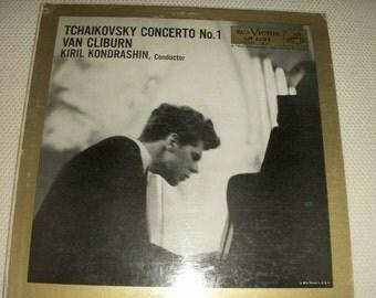 Tchaikovsky Concerto No. 1, vinyl LP album  Van Cliburn artist,  Red Seal original release was 1958