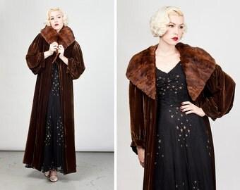 Vintage 1920s/1930s Brown Velvet and Mink Coat