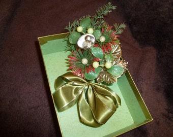 Pretty Vintage Christmas Corsage Green Mistletoe Bells Bow