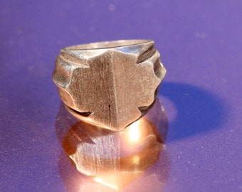 Vintage Art Deco Signet Ring Silver Plate Ring Unusual 1930s Modernist Design Signet Ring French Jewellery Size Ring Approx 3.55 US