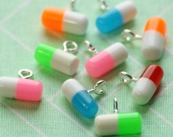 SALE Pill Rx Capsule Charms 12x5.5mm (6)
