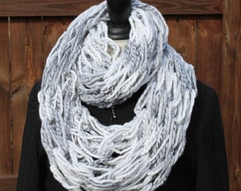 Woman Arm Knit Scarf, Marble Scarf, Neck-warmer, Infinity Scarf, Marble Knit Scarf