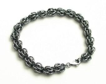 Stainless steel chainmail bracelet, Sweet Pea weave