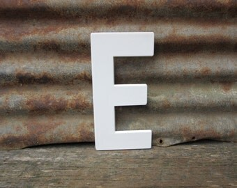 Vintage Marquee Sign Large 10 Inch Letter E Sign White Simple Font Plastic Letter Sign Display Alphabet Spelling vtg Letters Wall Art Retro