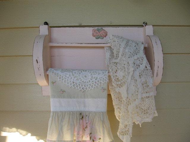 Reserved shabby pink wooden towel holder bathroom by for Shabby chic towel stand