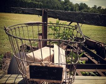 Rustic Antique/Vintage egg basket