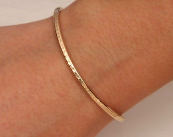 Hammered Cuff Bracelet, Yellow Gold Filled (350cur.ygf)