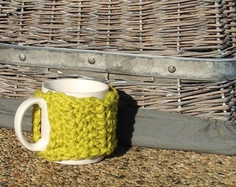 Mug hug, coffee cup sweater, spring green, mug cozy