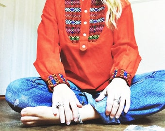 SALE // Late 60s Guatemalan Huipil Embroidered Woven Cotton Ethnic Hippie Boho Beatles in India Top