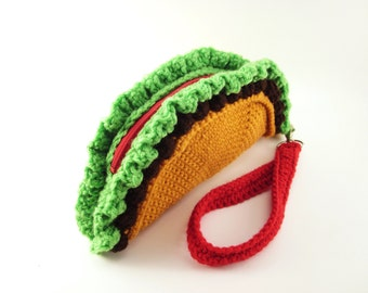 Taco Clutch Purse. Foodie Wrist Bag. Removable Strap. Zipper Closure. Beef and Lettuce Tortilla. Weird Unusual Handbag Amigurumi Kawaii Food