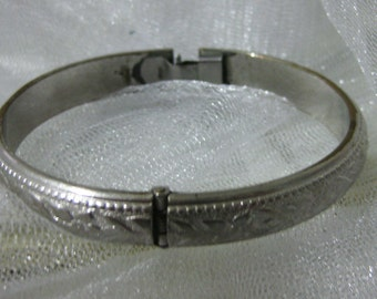 Vintage Whiting and Davis Silver Tone Floral Clamper Bracelet-Gorgeous