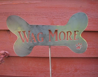 Wag More Small Garden Stake