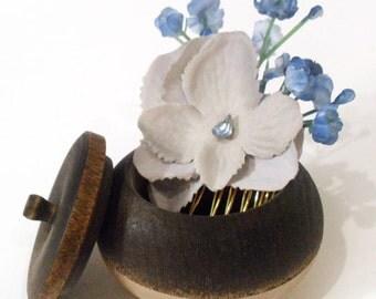 Bridesmaid Hairpiece, Gray Hydrangea Flower Hair Comb