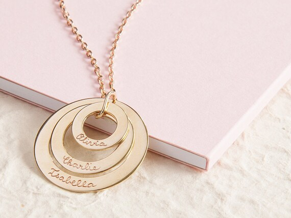 collier femme personnalisee