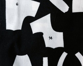 Perfect Pattern Alexander Henry Half Yard Black and White 2007