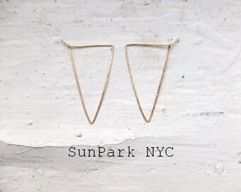 Delicate Geometric Hammered Triangle Hoop Earring/Gold Earring/Silver Earring/Hoop/Gold delicate Hoop/Geometric Hoop/Thin Hoop/