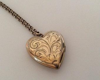 VINTAGE HEART LOCKET Gold Filled circa 1940-1950