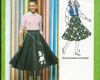Simplicity 9154 Junior/Teen Poodle Skirt, Circle Skirt and Lined Vest Pattern, Sizes 5/6, 7/8 & 9/10 UNCUT