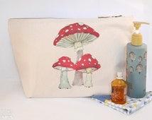 Toadstool Mushrooms Canvas Wash Bag, Large Zipper Pouch, Makeup Bag, Toiletry Bag, Accessory Bag