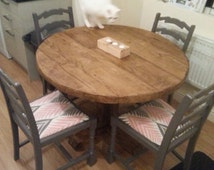 Rustic, Reclaimed Scaffold board (65mm thick), circular, pedestal Dining table
