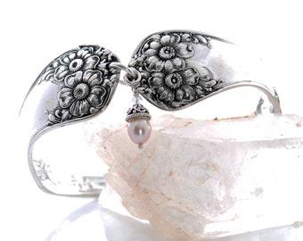 Vintage Spoon Bracelet - Apple Blossom Silverware Spoon Bracelet - Silverware Jewelry - Pearl Charm Spoon Bracelet - Spoon Bracelet (mcf115)