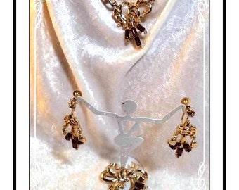 Amethyst Rhinestone Parure - Vintage Brooch, Necklace & Earrings - Para1092a-072313035