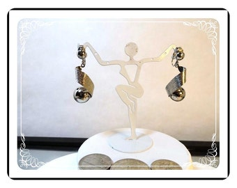 Mid Century Modern Earrings -  Vintage Sphere Clip On's   E3435a-092412000