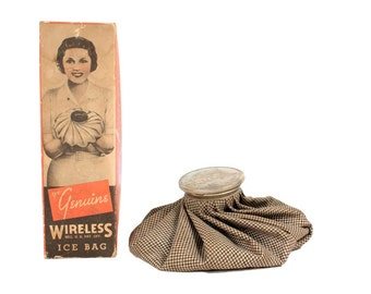 Vintage The Genuine Wireless Ice Bag // Vintage Advertising // I love Lucy // Orginial Box // Vintage Ice Pack